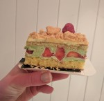 Printanier (pistachio cream with fresh strawberries)